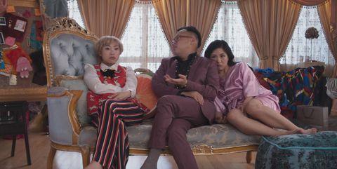 crazy-rich-asians-constance-wu-awkwafina-1532097617