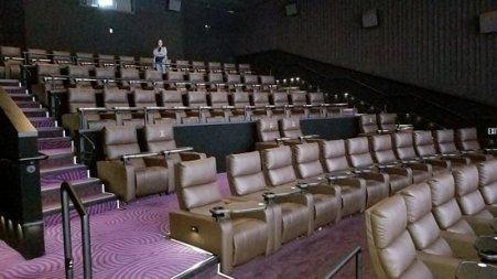 theater-3