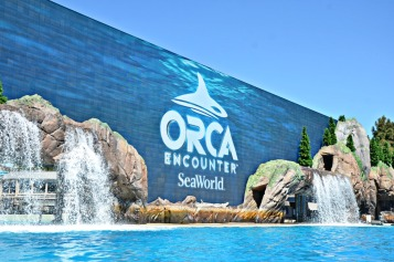 SeaWorld-Orca-Encounter-screen
