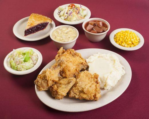 Mrs._Knott_s_Chicken_Dinner_Restaurant_Meal